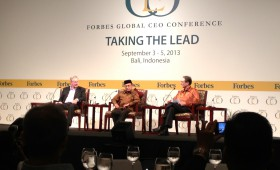 Steve Forbes; Bacharuddin Jusuf Habibie, former President, Indonesia; and Justin Doebele, Chief Editorial Advisor, Forbes Indonesia